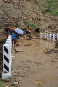 Muddy bridge crossing