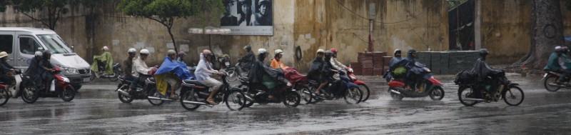 Rain - what rain?  Traffic moves like normal.