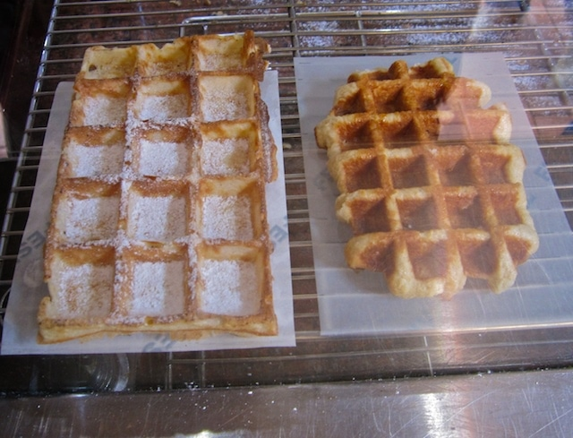 Belgian waffle and Liege waffle