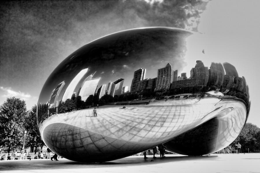 Chicago Bean Sculpture Millenium Park
