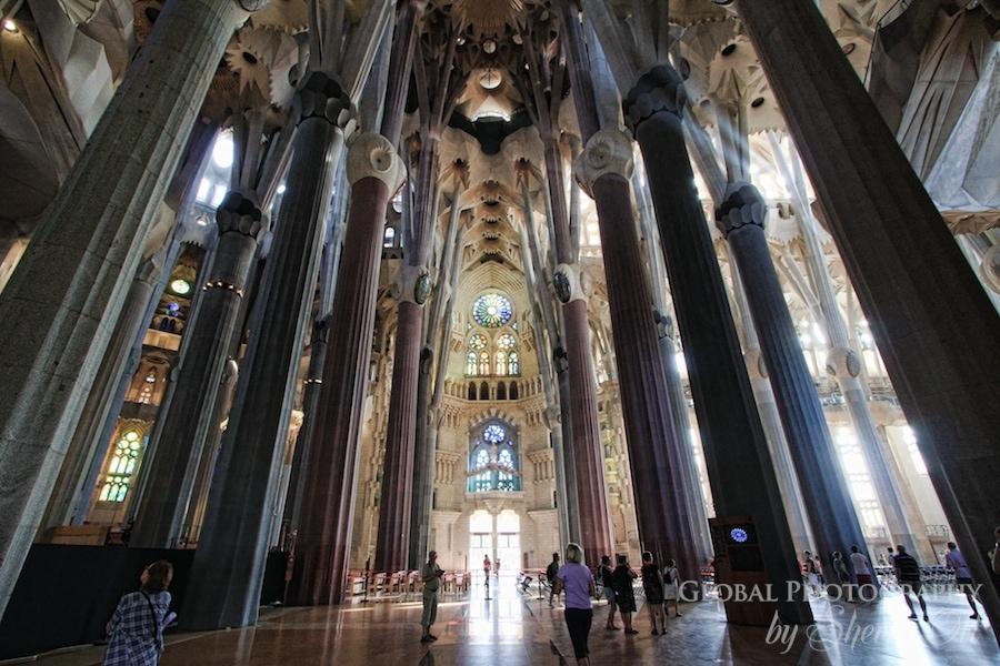 Go inside the sagrada familia in barcelona for La sagrada familia inside