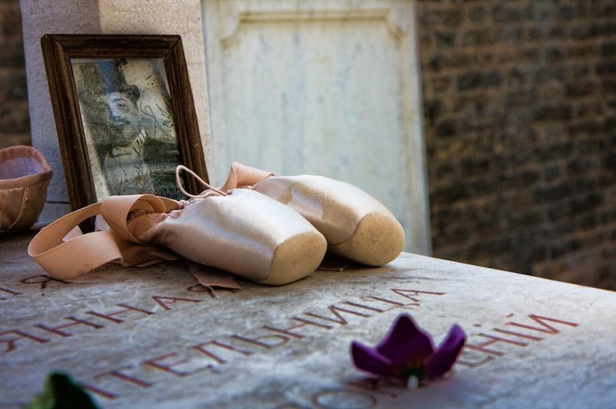 ballet grave