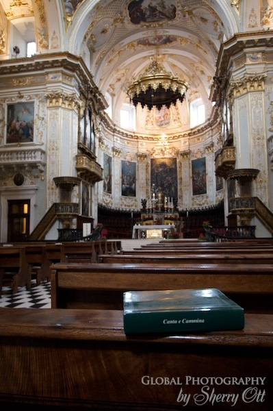 church and hymnal