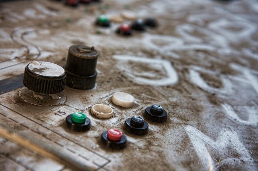 dust dirt