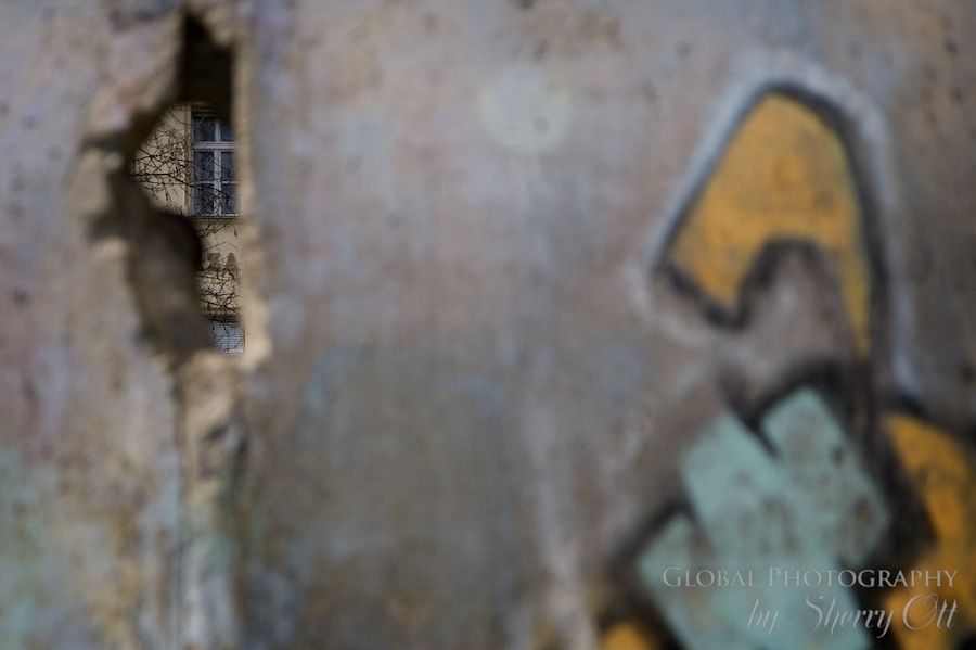 Berlin wall West Germany hole