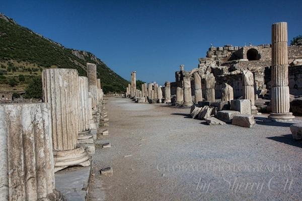 Imagine the column lined promenade