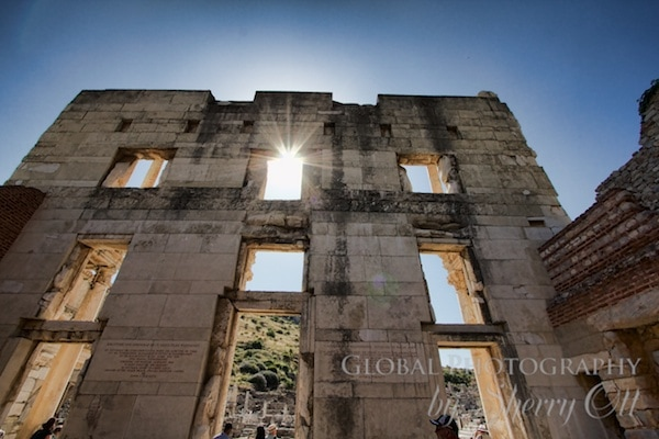 The backside of the facade of the Celsus library