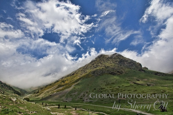 hiking in the Pyrenees Vall de Nuria