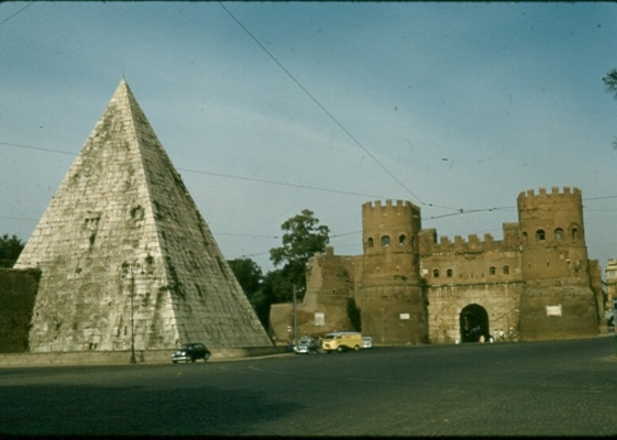 Pyramid of Cestius 1956