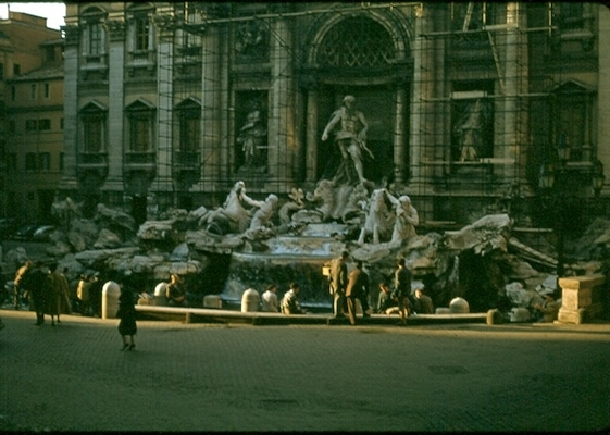 An empty Trevi Fountain 1956