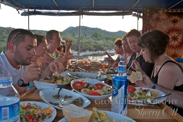 My Intrepid tour companions and me enjoy aTurkish feast