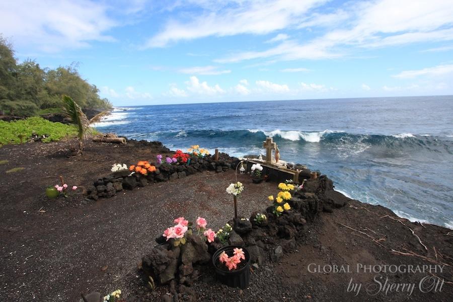 Hawaii grave