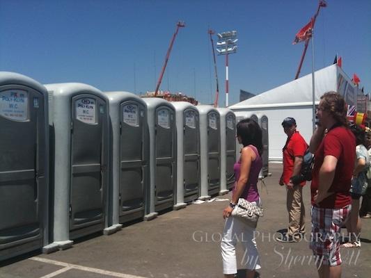 portable toilets Spain