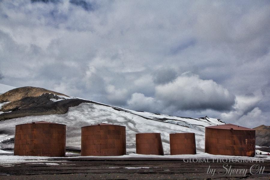 Storage vats
