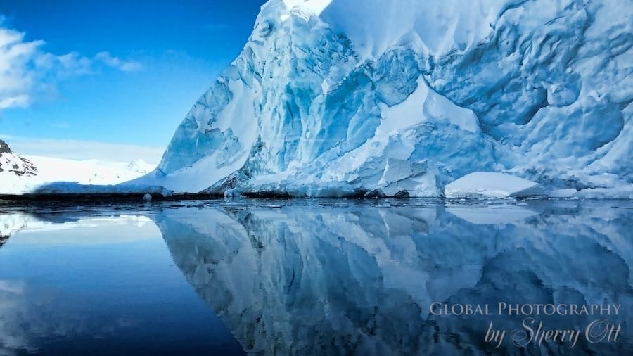 iceberg reflection antarctica