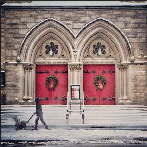 Red door snow nyc