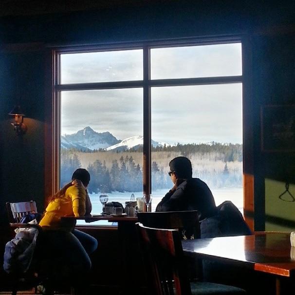 Pyramid Lake Lodge Jasper