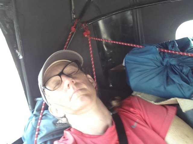 an uncomfortable nap on the rickshaw run