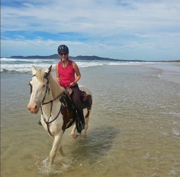 horse ride beach australia