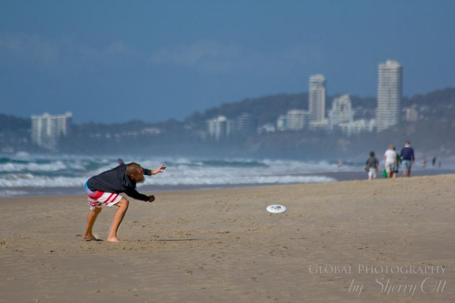 beach frisbee australia