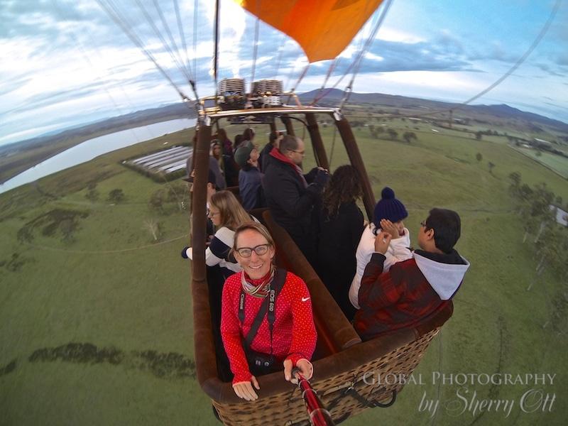 hot air balloon ride queensland