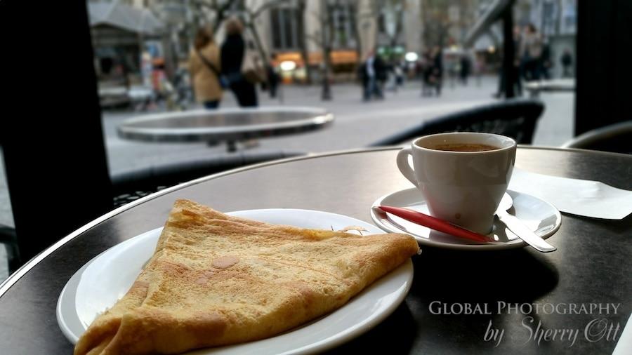 best place to stay in paris near restaurants