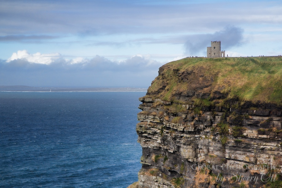 Cliffs of Moher Walk O'Briens Tower