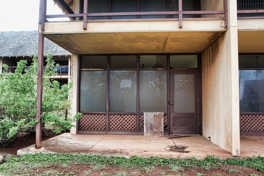 abandoned molokai hotels