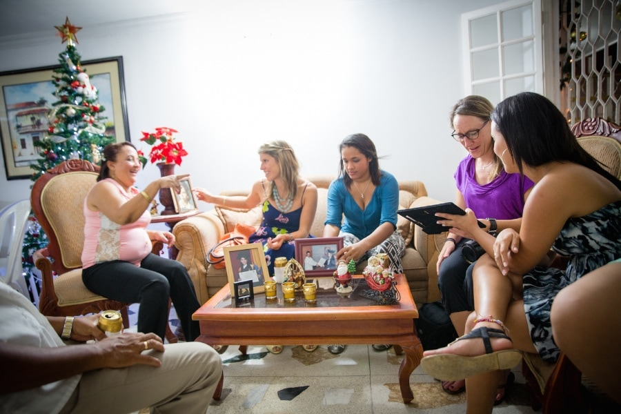 visit a local home in cartagena