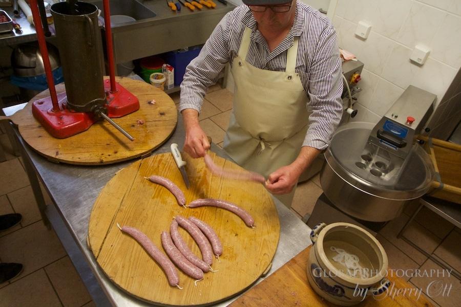 how to make german bratwurst