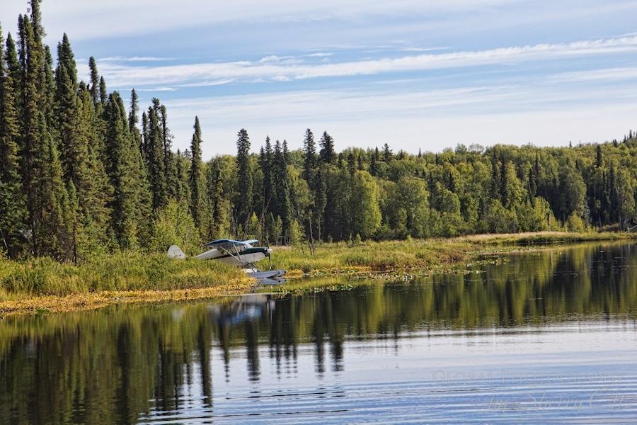 Alaska bush flights float plane