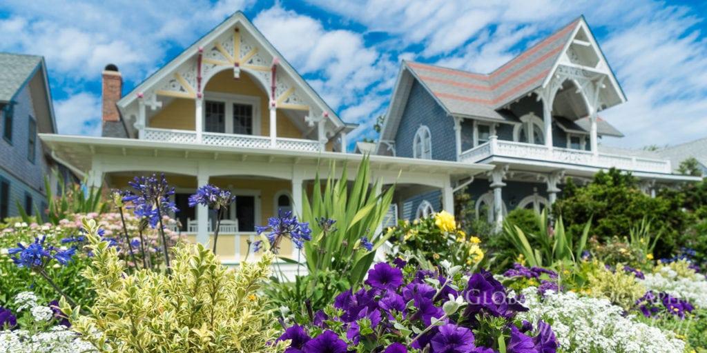 Martha's Vineyard victorian homes by the sea
