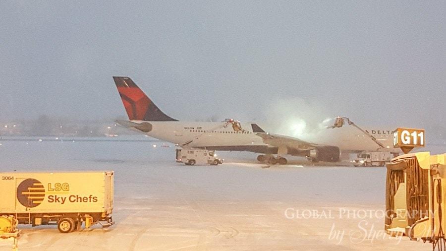 Plane de-icing
