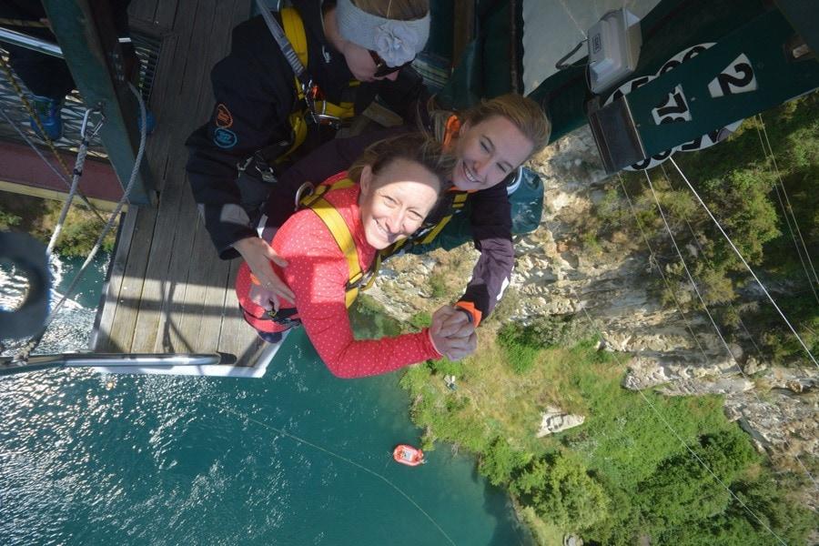 tandem bungee jump new zealand taupo