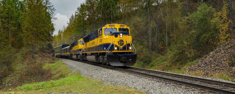 Alaska train tour hurricane turn