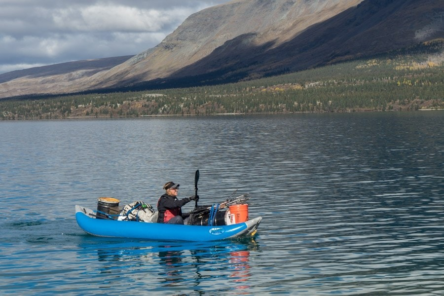 twin lakes alaska female guide