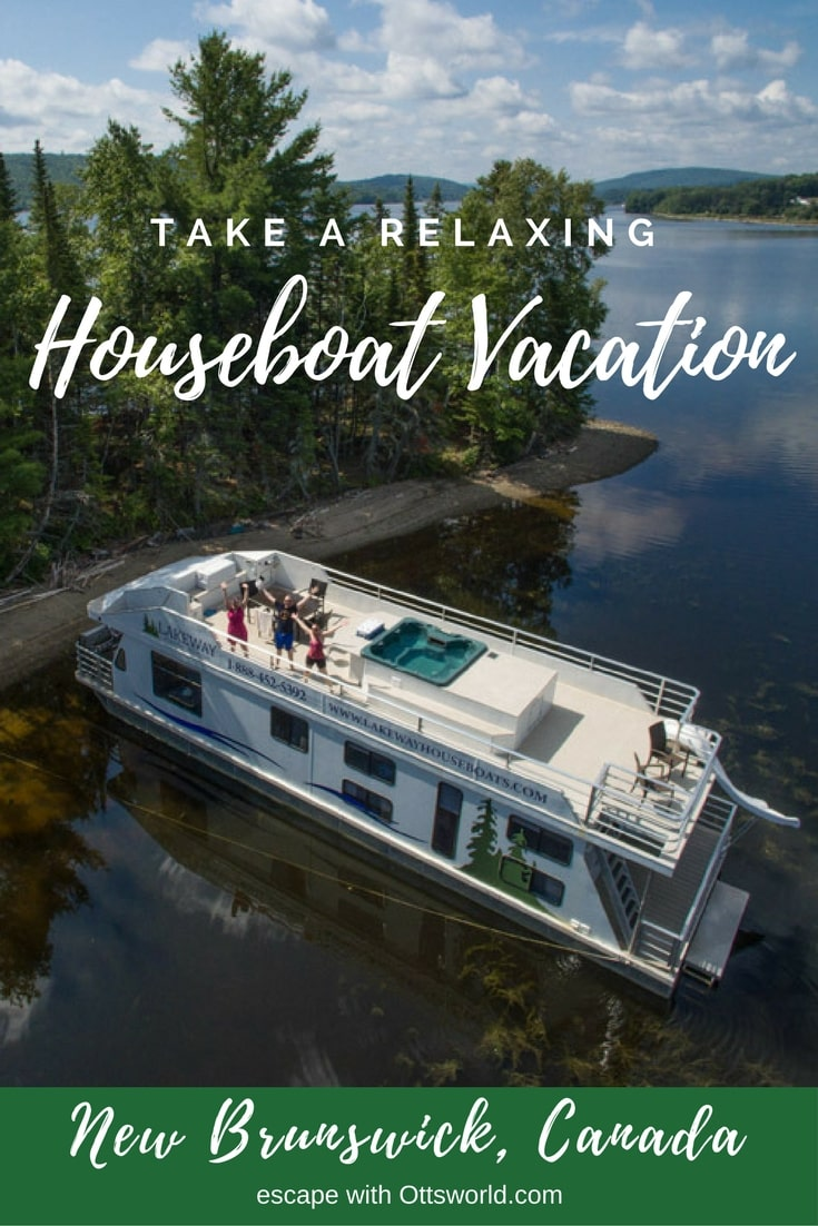 Everything you need to know about how and why to rent a houseboat and take a cool new type of vacation!