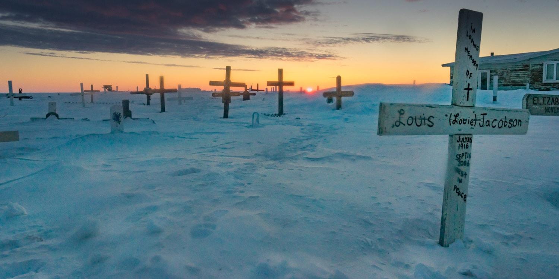 tuktoyaktuk cemetery