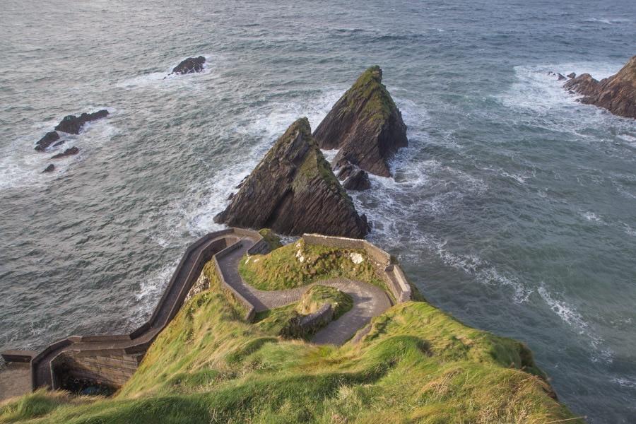 hiking Dingle Peninsula Ireland