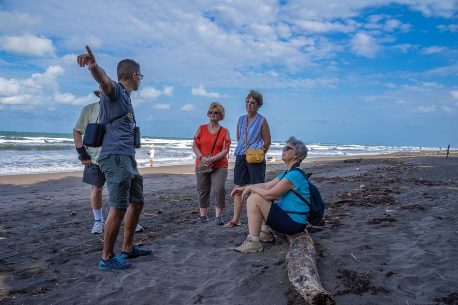 costa rica local guide