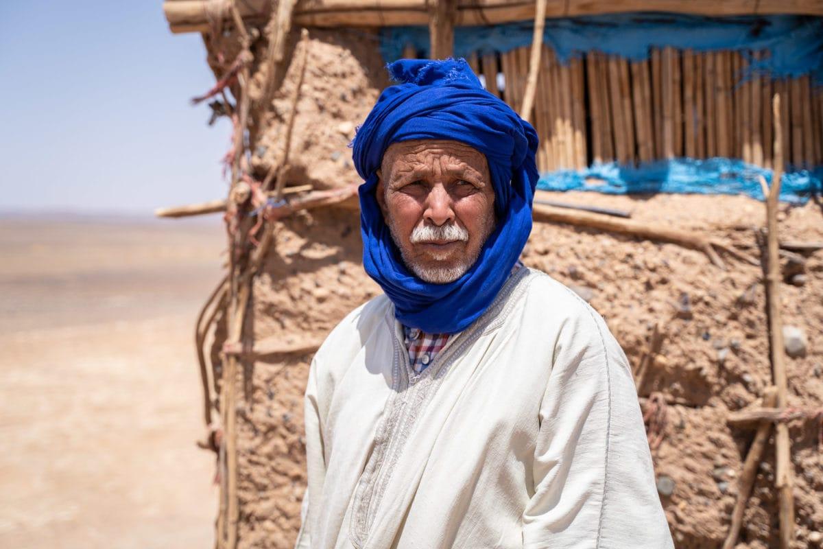bedouin man sahara desert