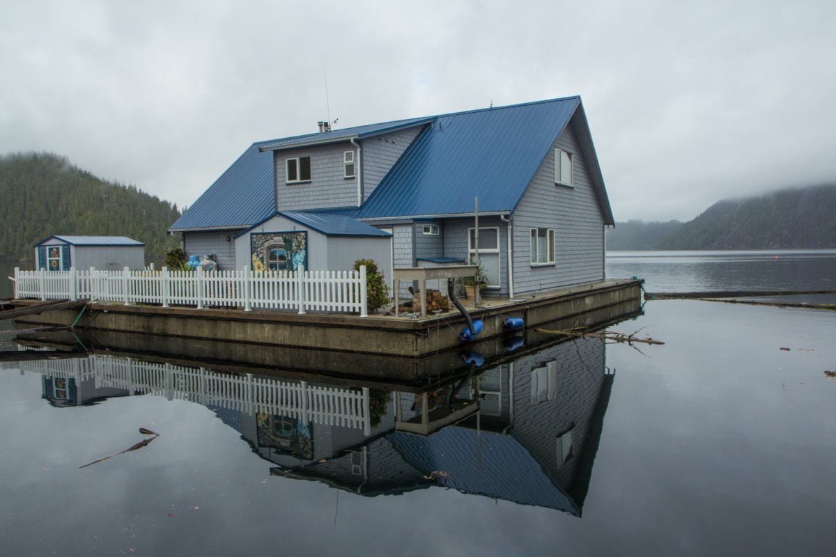 sullivan bay floating house