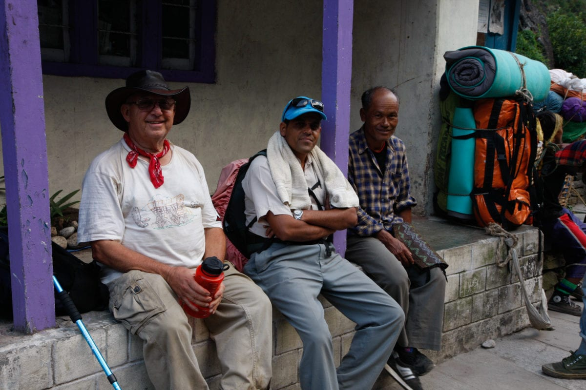Guides and porters annapurna circuit