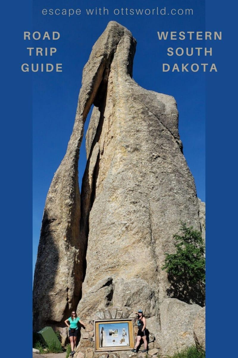 rock formation along needles highway south dakota usa