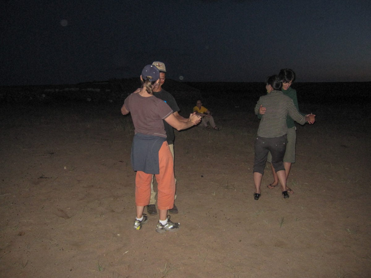 dancing in the gobi desert moongolia