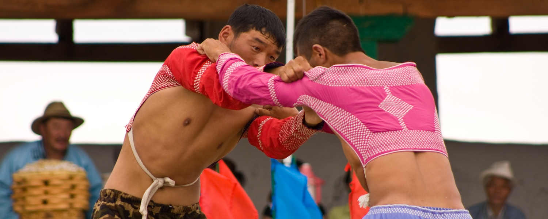naadam festival mongolia wrestlers
