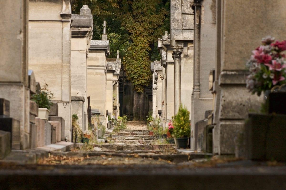 paris cemetery photography