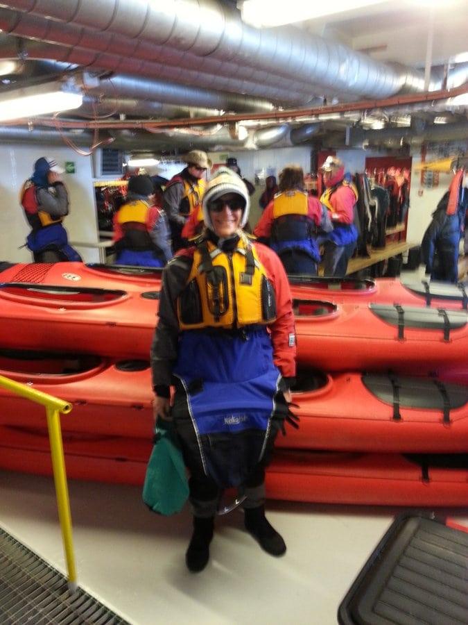 Antarctica kayaking things to do