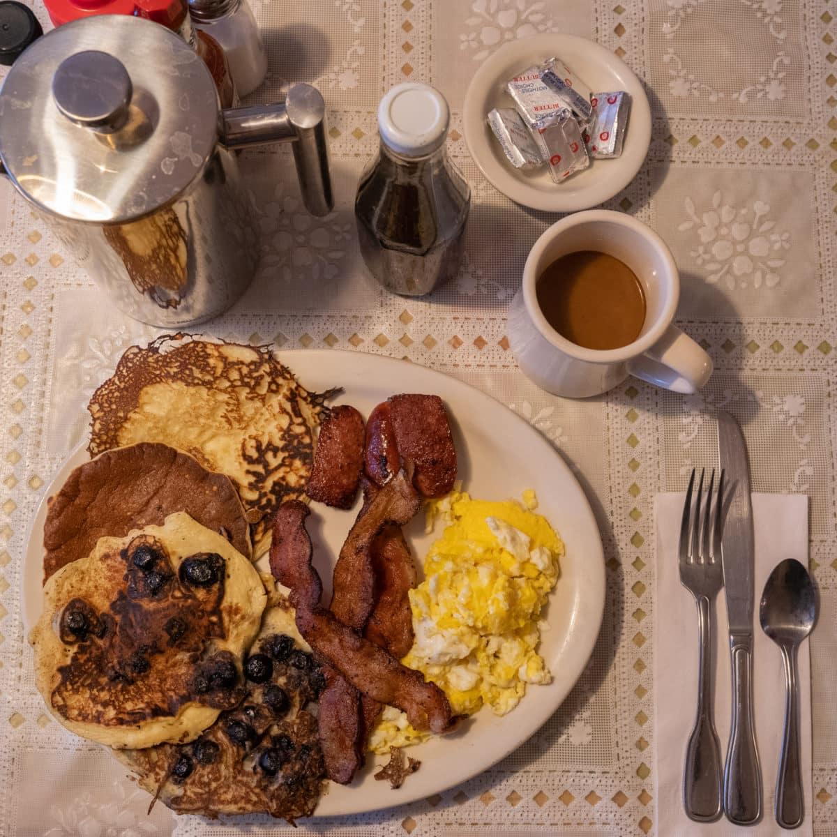 talkeetna roadhouse breakfast