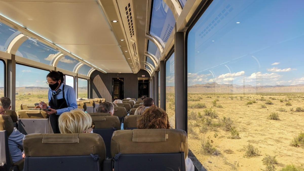 rocky mountaineer domed train